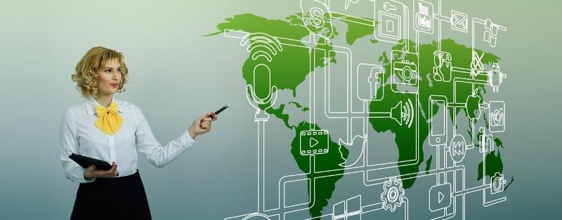 dijital pazarlama trendleri 2020 yol haritası iş kadını sunum