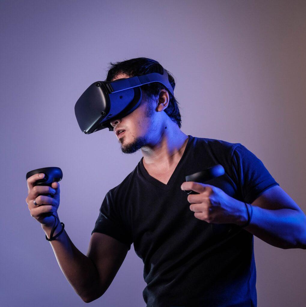 mobil uygulama VR sanal gerçeklik gözlüğü