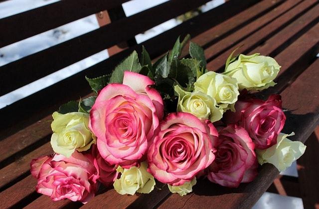 Anneler Günü için hediye güller