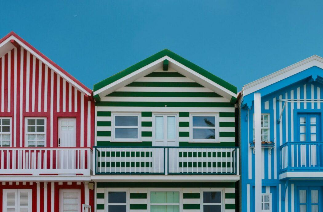 hosting türleri renkli evler