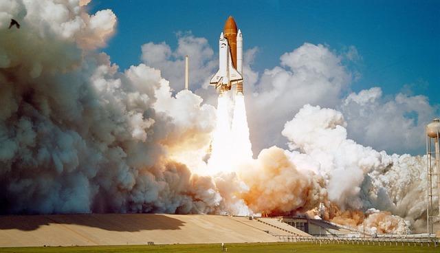 internette satış roket kalkışı uzay mekiği
