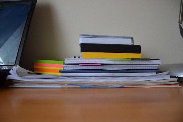 kendi işinin patronu olmak iş yükü dosyalar defterler
