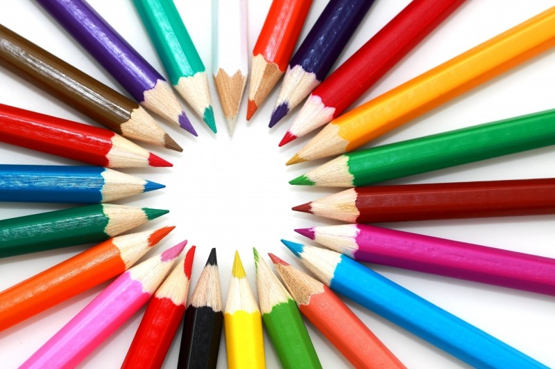 öğretmen sitesi renkli kalemler