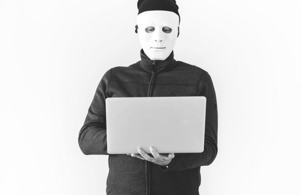 phishing nedir bilgisayar korsanı hacker laptop e posta