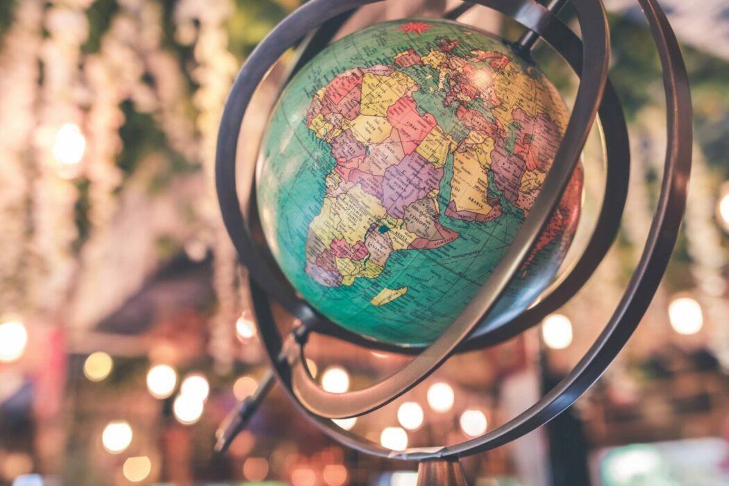 SEO çalışması harita küre