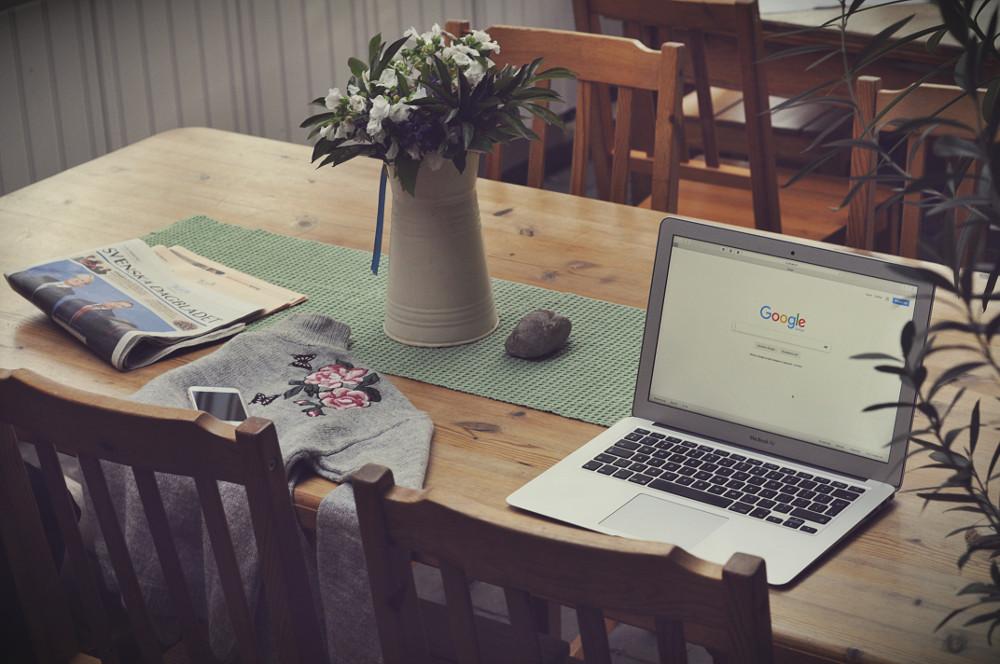 seo uzmanı bilge aydoğan hadiyapalim.co web sitesi Google arama home ofis