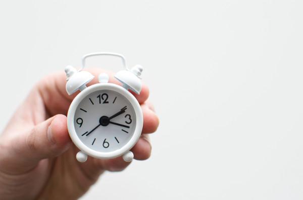 web sitesi düzenleme zaman saat